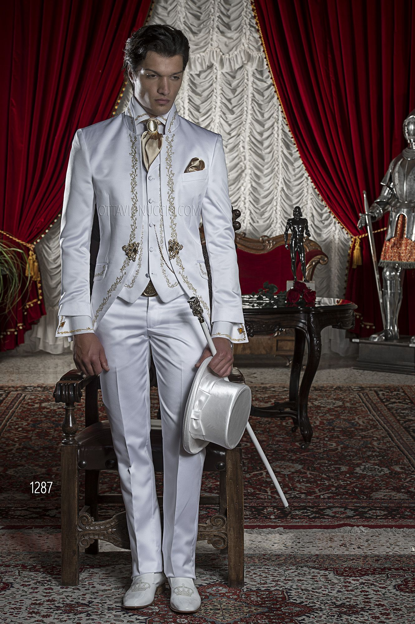 Abito Matrimonio Uomo Rosso : Abito da cerimonia uomo in raso bianco ricamato oro
