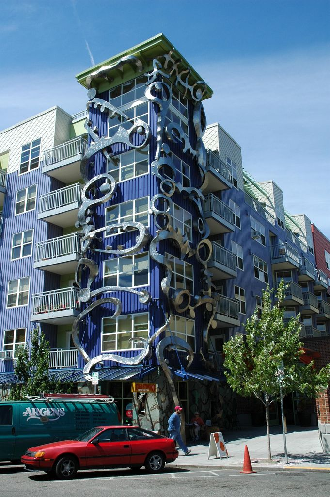 cool buildings | building is a private apartment and a health food ...