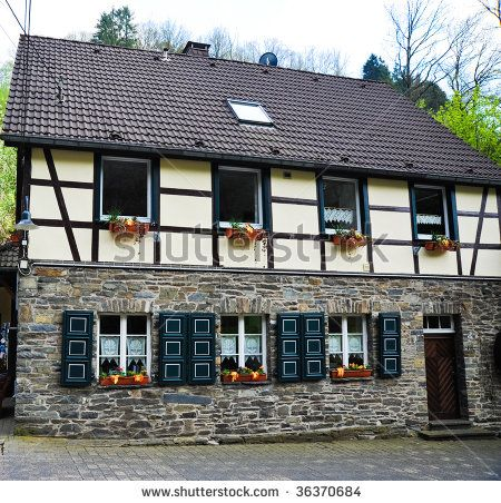 half timbered german house ma maison pinterest german houses and house. Black Bedroom Furniture Sets. Home Design Ideas