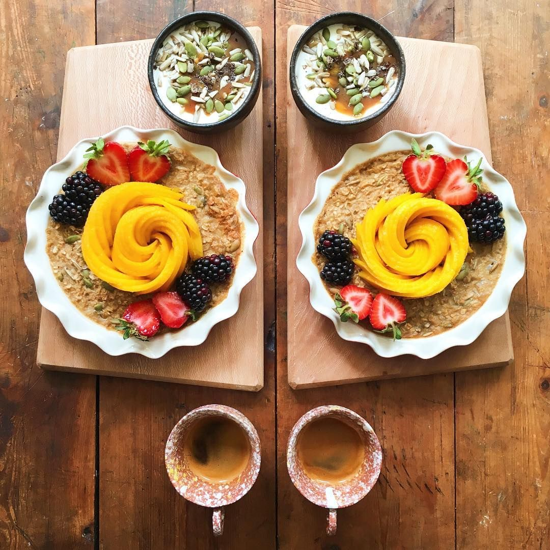 Loving Man Makes Symmetrical Breakfasts For His Boyfriend