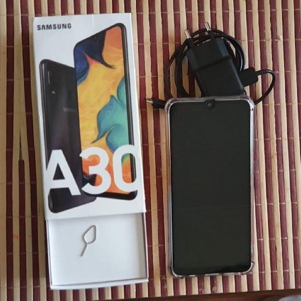 Celular Samsung A30 64g Preto