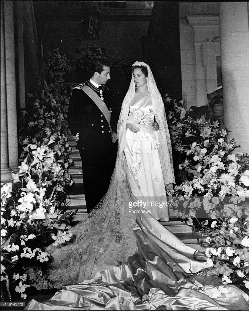 Wedding Of Prince Albert Of Belgium And Princess Paola Of Belgium Royal Brides Wedding Belgium [ 1024 x 821 Pixel ]