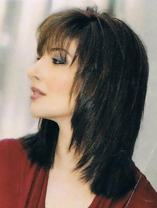 40 Beautiful Medium Length Layered Hairstyles Medium Length Hair With Layers Medium Choppy Hair Medium Hair Styles