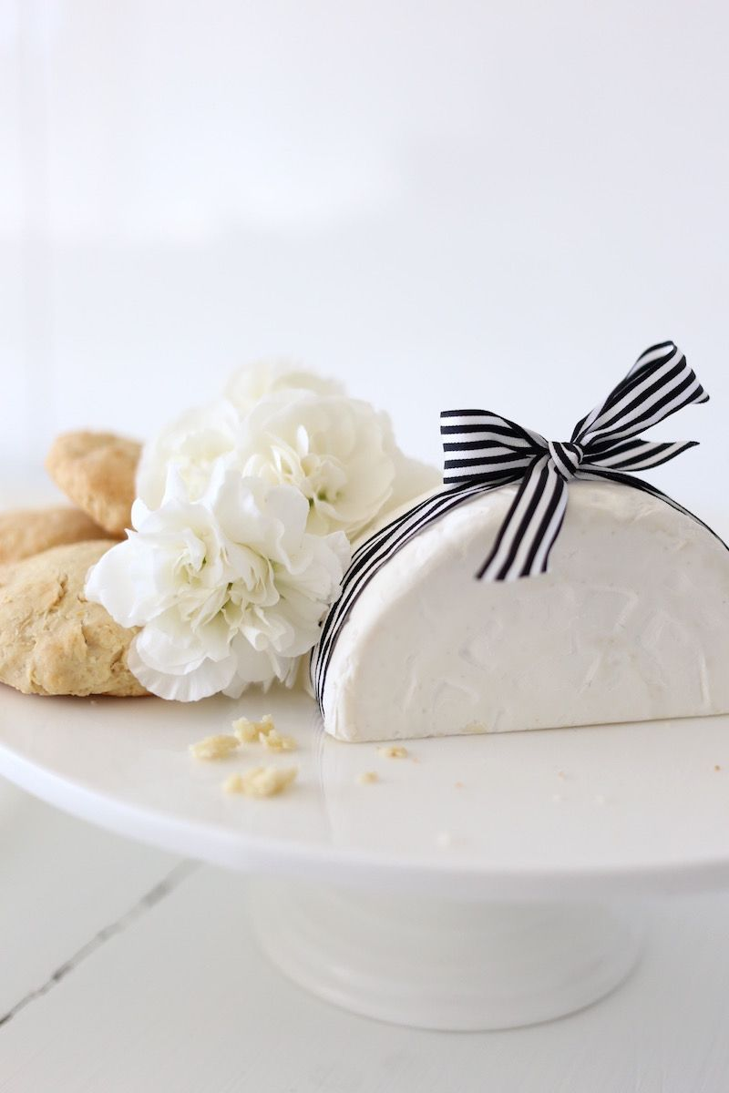 Homevialaura   Inspiration for Mother's day   Afternoon tea   Apple scones with Castello Creamy White cheese