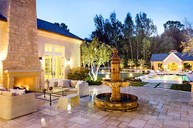 Entertain Photo Kim Kardashian Kanye West S 20 Million Estate All The Pictures Us Weekly Calabasas Homes Kim Kardashian And Kanye Celebrity Houses