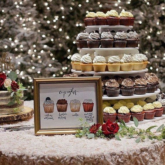 Benutzerdefinierte Cupcake Flavor Hochzeitsfeier Zeichen Zeichnung drucken, Dessert-Menü, Illustration, alles, was Sie brauchen, ist Liebe und ein Cupcake, Kuchen Tisch Zeichen   – Glorious Wedding