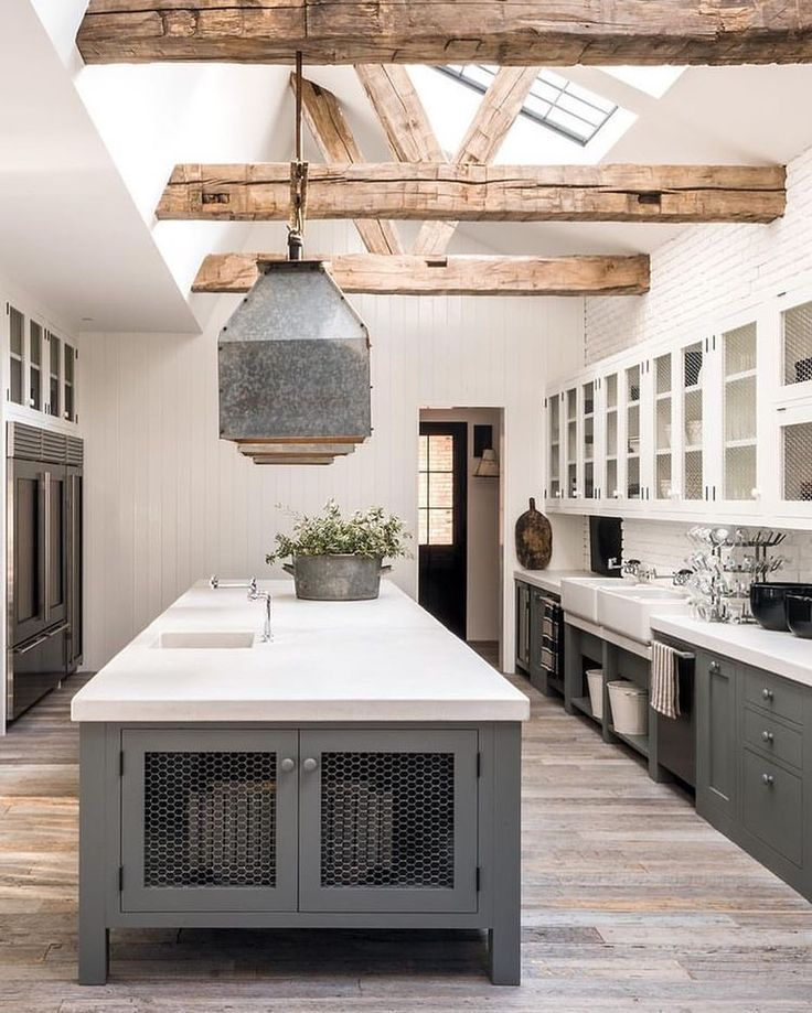 Diane Keaton S Fabulous Rustic Industrial Modern Farmhouse Kitchen Modern Farmhouse Kitchens