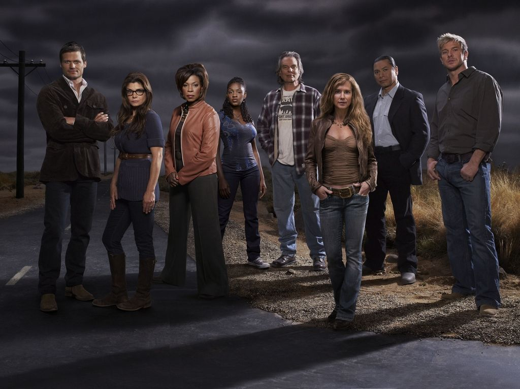 The Full Cast In Season 3 Of Saving Grace Loved This Show