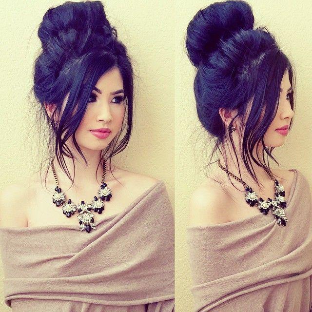 Poncho Necklace From Dailylook Dailylook Cute Short Dresses Sleek Hairstyles Short Wedding Hair