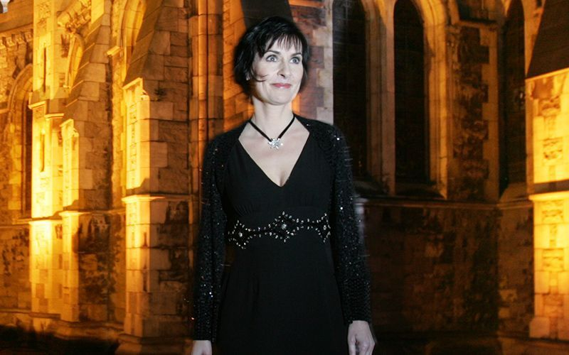This Magical Irish Language Of Version Of Silent Night From Irish Singer Enya Is A Classic Christmas Ca Irish Singers Silent Night Irish Christmas Traditions
