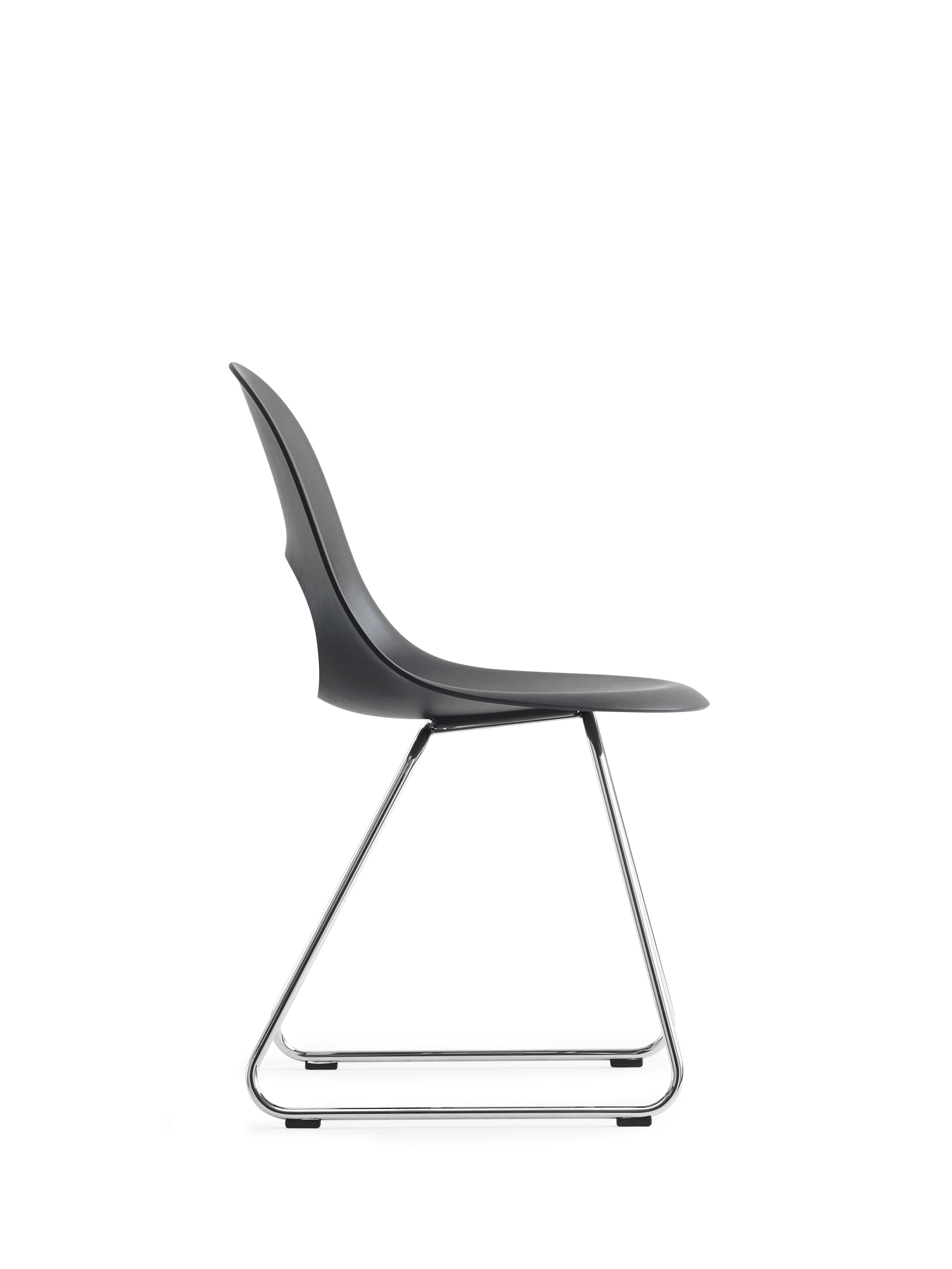 This SayO MiniLux Chair full painted black with metal legs in profile. Find out more at www.sayo.dk.