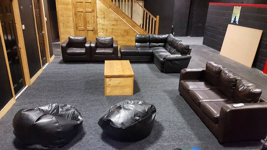 Freshly carpeted members chillout area. Cozy as fk  #gym #bray #wicklow #strength #conditioning #crossfit #members #area #community #chill #coffee #teamCSP
