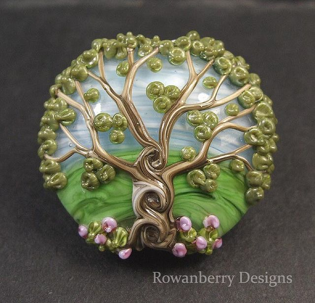 Celtic tree ~ Rowanberry Glass Art. I want! And my other momma would die over this, she's such a huge wiccan!
