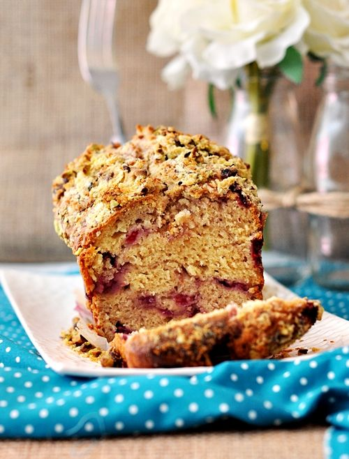 Raspberry muffin loaf with coconut pistachio crunch food and raspberry muffin loaf with coconut pistachio crunch forumfinder Choice Image