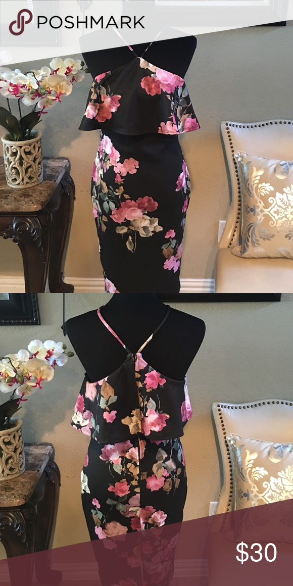 Floral Dress Classy and Sexy, zips up in the back Dresses Midi