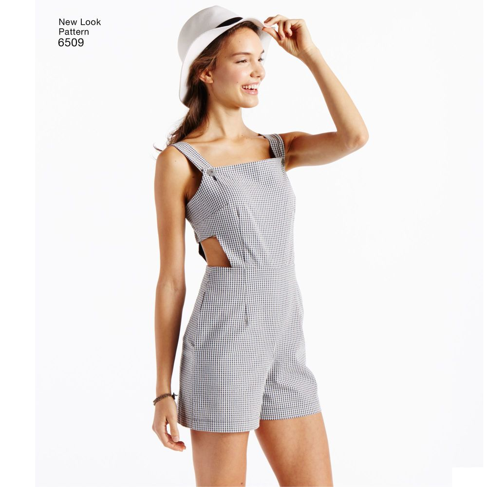 Create the perfect summer look with this missesu jumper romper and