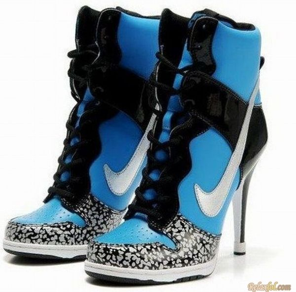 huge selection of dabc9 e8b5a Nike High Heels   Funny Pictures   Nike high heels, High heel ...