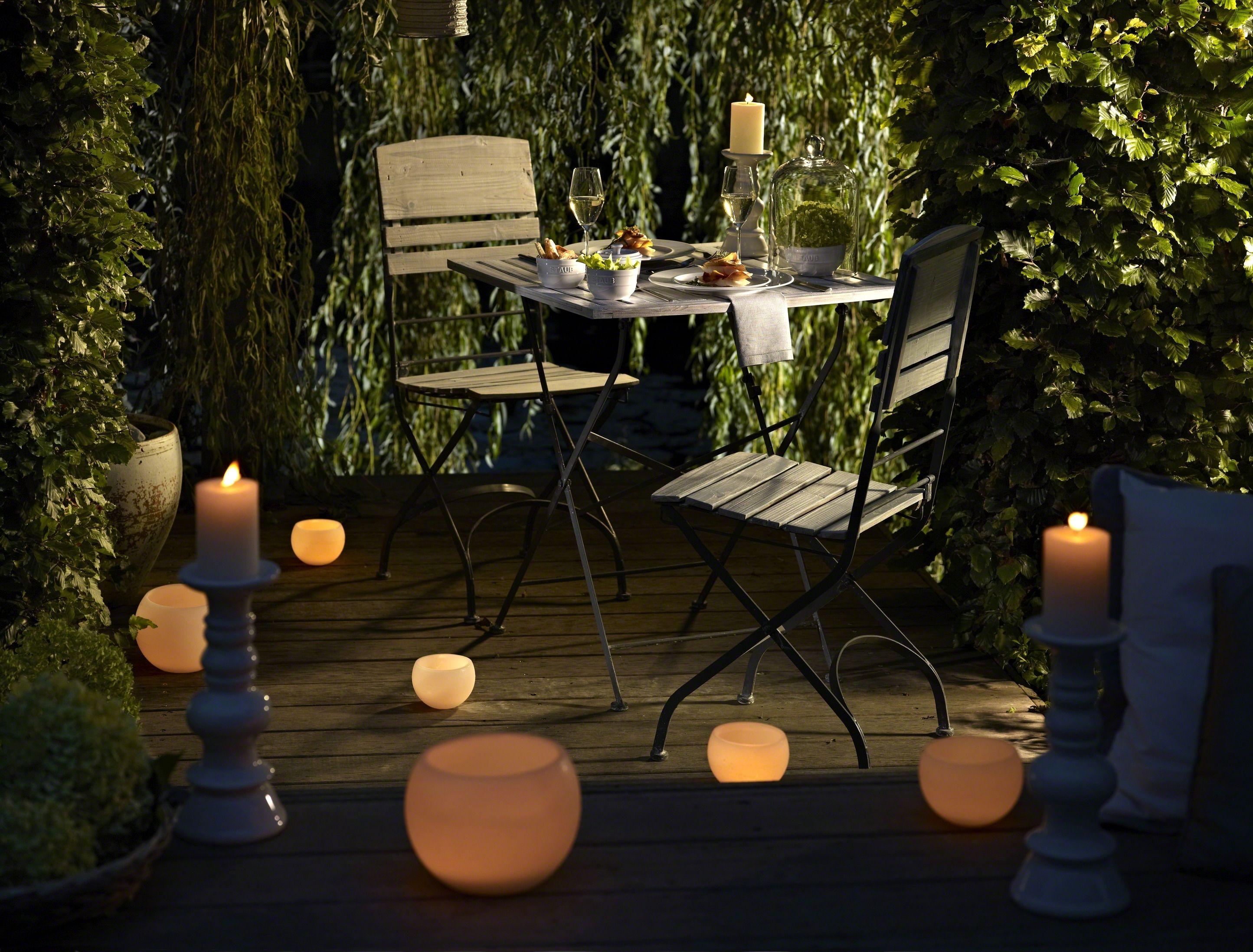 Candle light dinner table for two - Dinner For Two Candlelight Dinner Im Garten