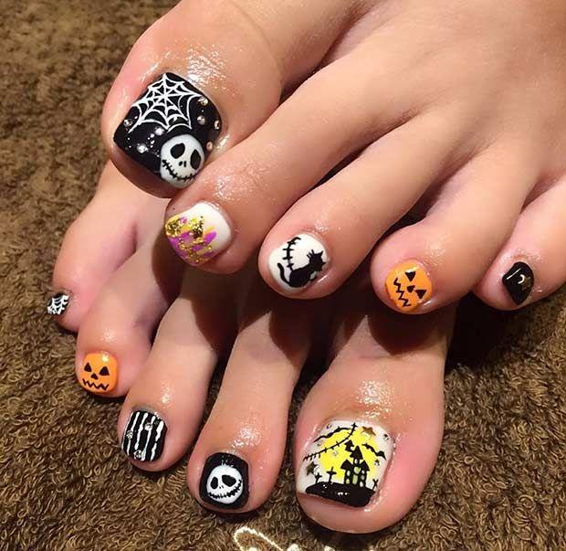 25 Creative Halloween Nail Art Ideas Stayglam Halloween Toe Nails Halloween Nail Designs Toe Nail Designs