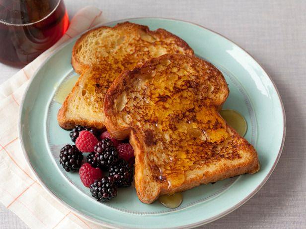 Alton Brown's Quick & Easy French Toast via foodnetwork #French_Toast #Alton_Brown #Easy