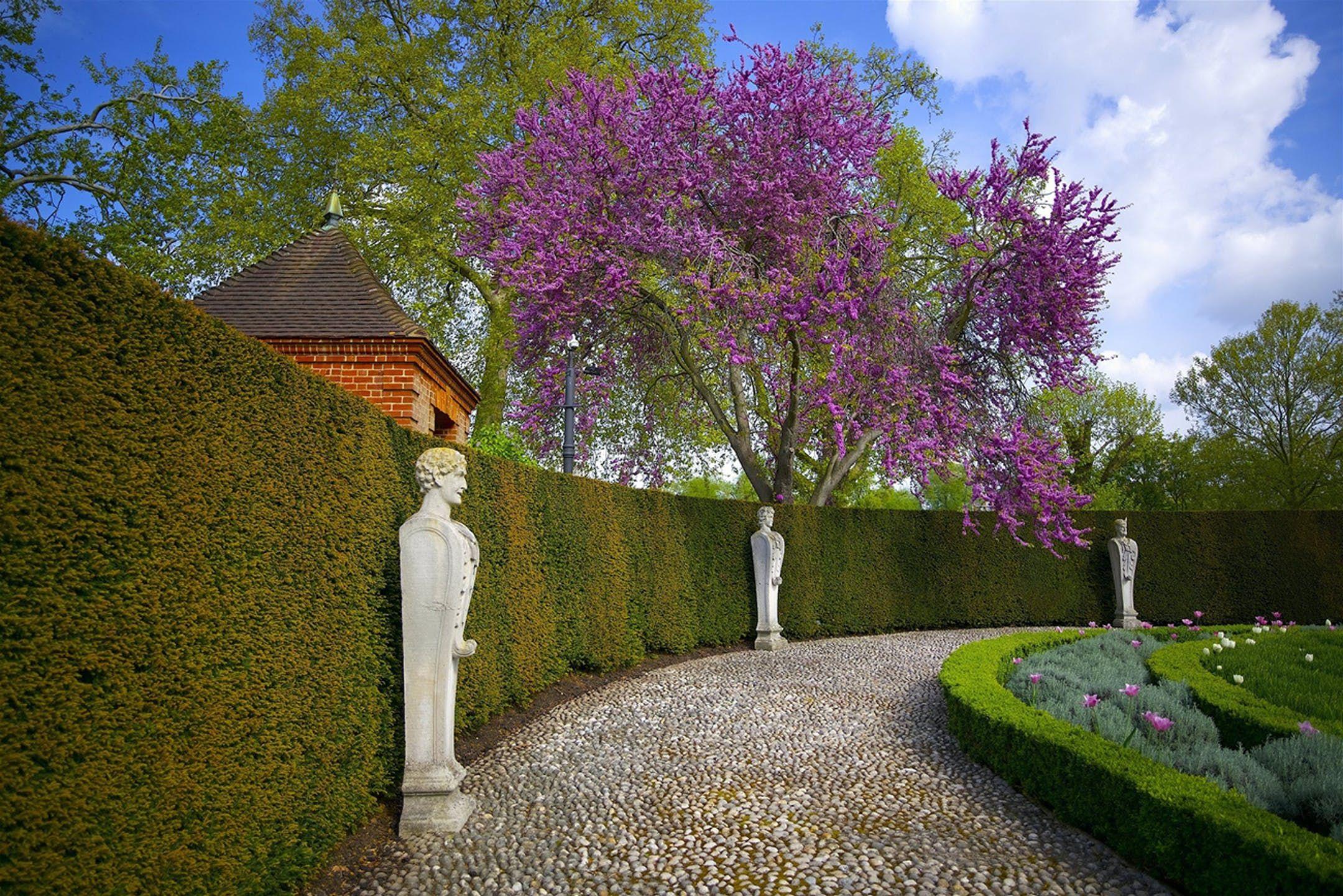 12a7d8f18db9d7fc0a52e91aaa8625ee - Best Places To Stay Near Kew Gardens
