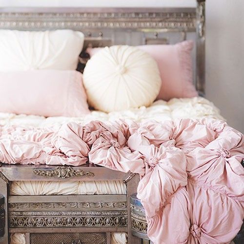 Pink Bedroom Ideas That Can Be Pretty And Peaceful Or: Lazybones Rosette Quilt - Tuscan Pink