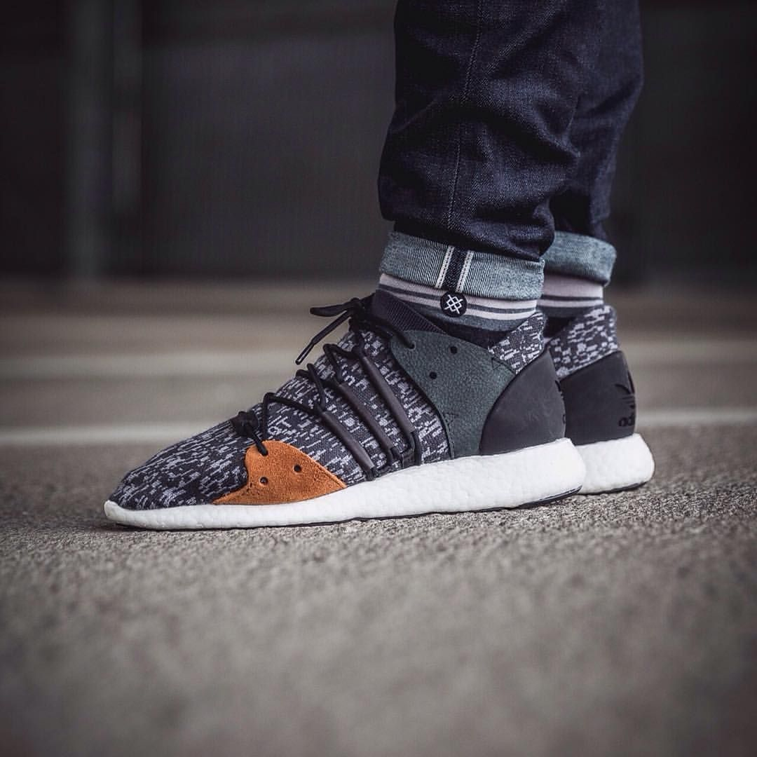 Cheap Adidas EQT SUPPORT RF FTWWHT/FTWWHT/TURBO bei KICKZ