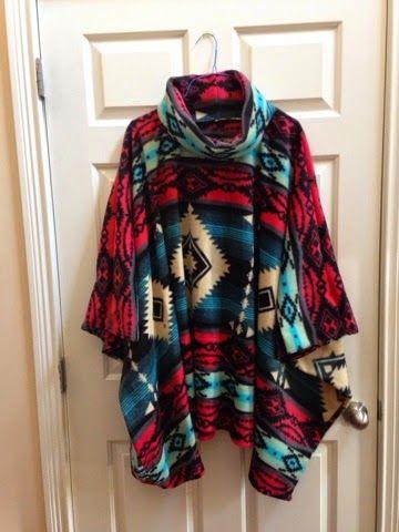 Bella\'s Crafty Mom: Fleece Poncho | Kleider nähen | Pinterest ...