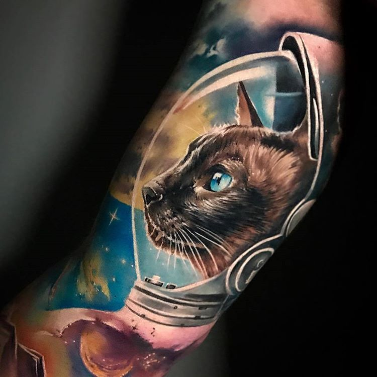 Beautiful Tattoo By Sandradaukshtatattoolocation Latvia Follow Realistic Ink For More Amazing Realistic Tattoo Tag U Cute Cat Tattoo Cat Tattoo Space Tattoo