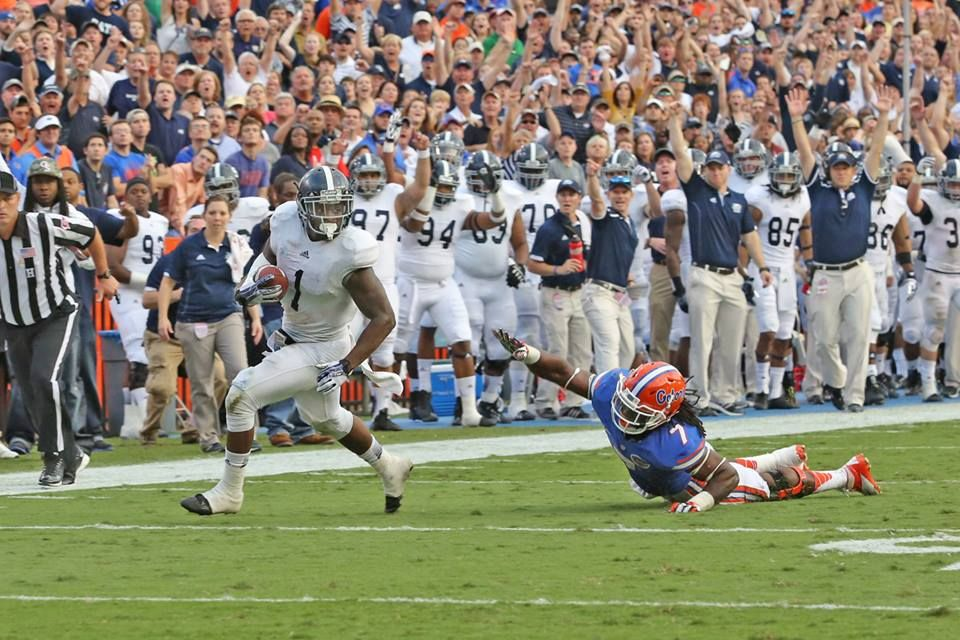 GSU beats UofFL in the swamp!! southern eagles