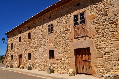 Burgos Casona De Piedra Para Rehabilitar En Venta