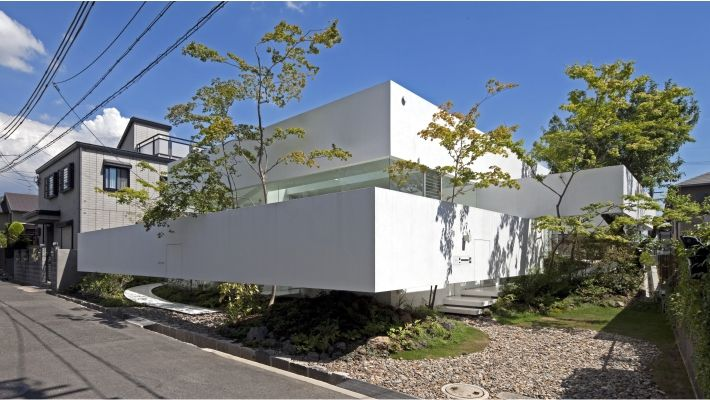 Atelier- bisque doll by UID Architects