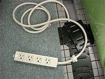 設備工事 電話 Lanの配線工事から照明器具の移設 交換 コンセントの