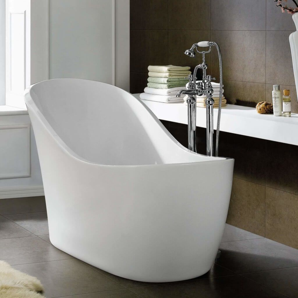 White Resin Soaking Tub | Bathroom Design Ideas | Pinterest ...