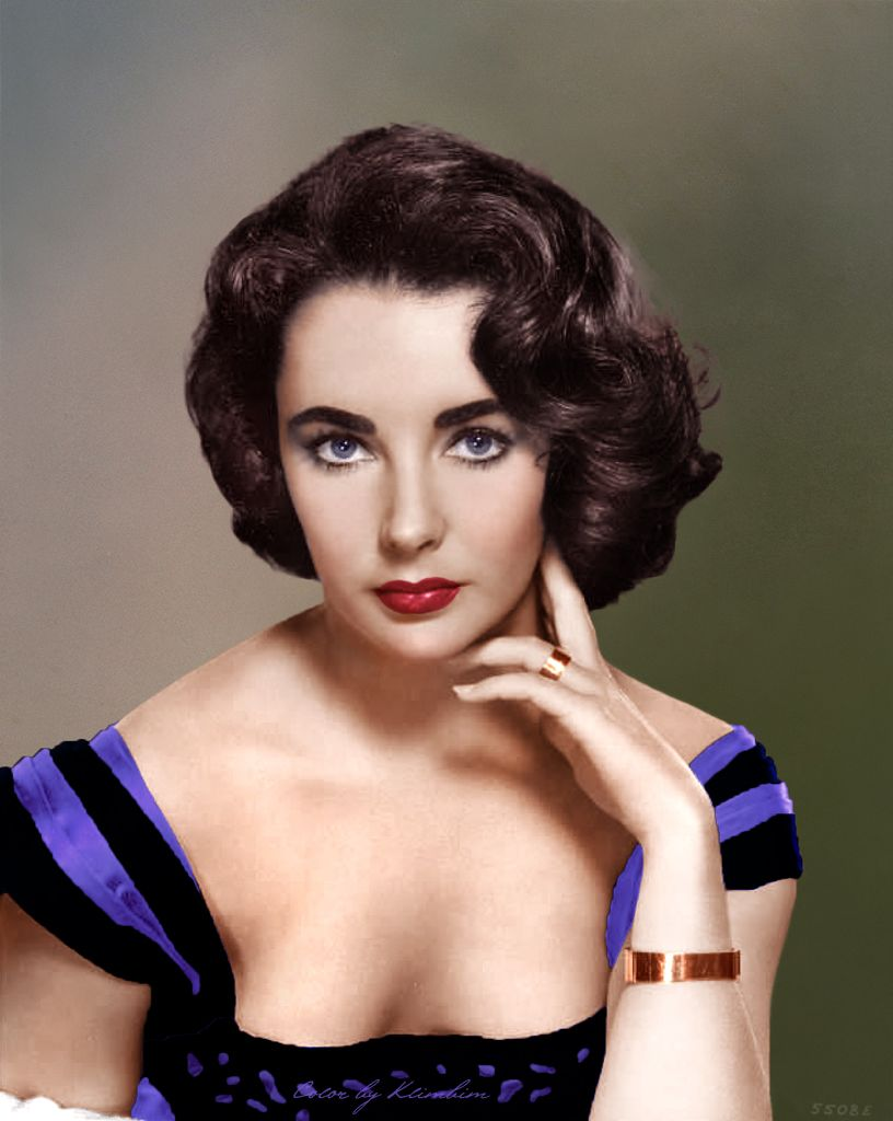 elizabeth taylor. the most beautiful woman that ever lived