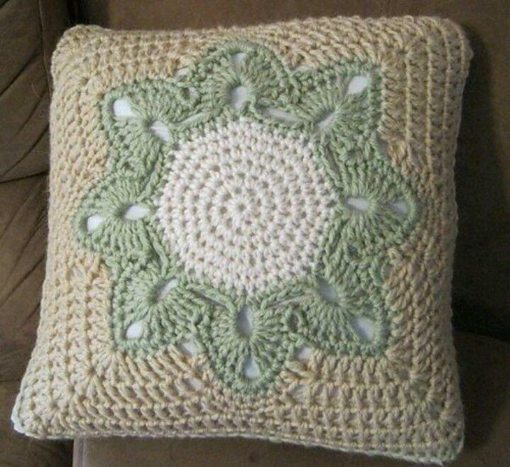 Almofada | Crochet | Pinterest | Crochet, Crochet pillow and Pillows