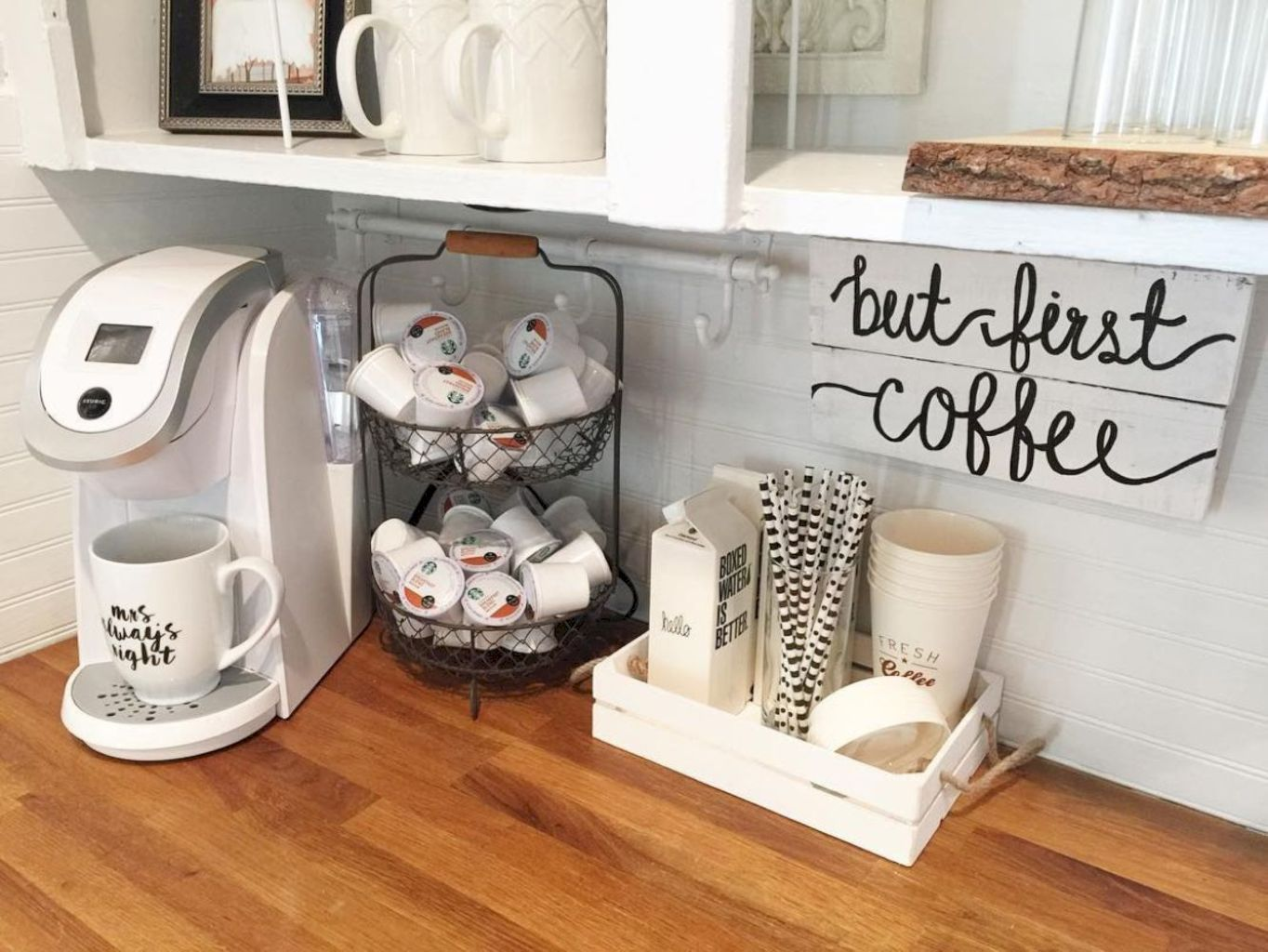 45 First Apartment Small Kitchen and Bar Design Ideas