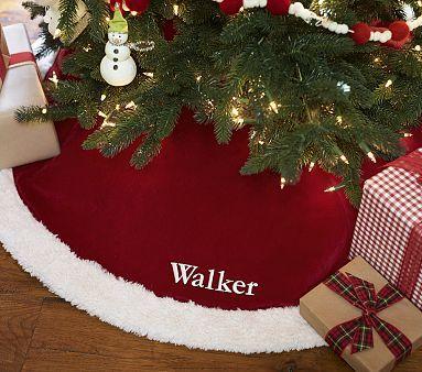 Red Velvet Tree Skirt { holidays } Pinterest Tree skirts, Red