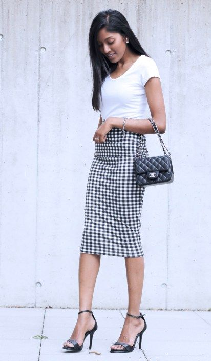 Date Night: Black & White Gingham Pencil Skirt outfit Minimalist ...