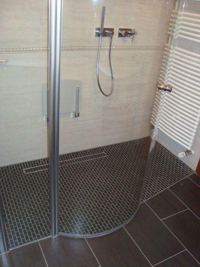 Barrierefreie Duschen fliesen design sdrenka barrierefreie duschen douchecabine