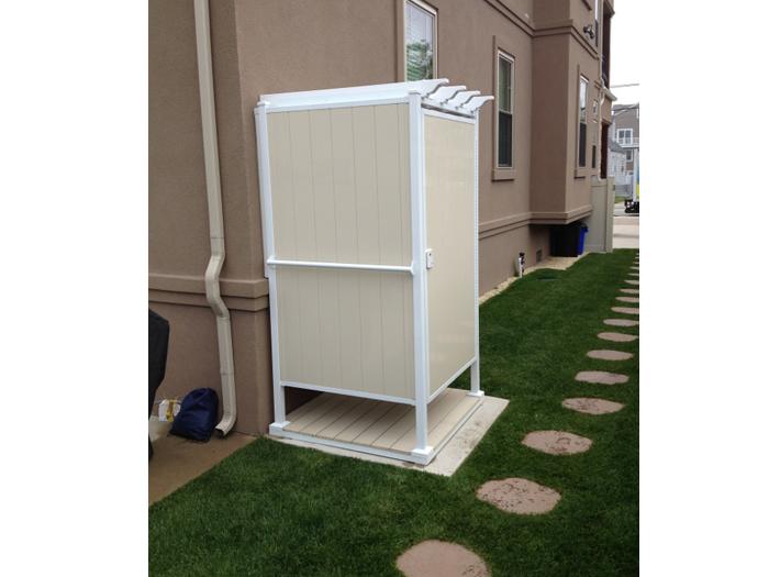 Outdoor Shower Ideas: Single Shower Stall | OutdoorShowers.net ...
