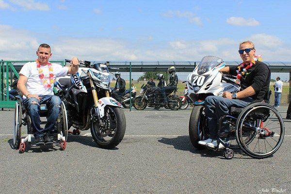 Kevin Simonato (à gauche) et Stéphane Paulus (à droite), les créateurs de l'association Handi Free Riders).