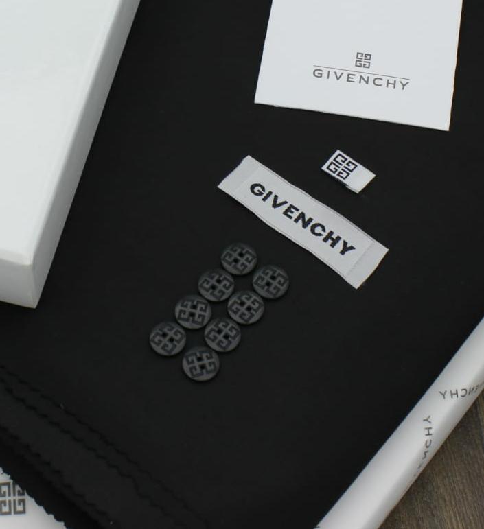 قماش شتوي ممتاز اسود 23 Cards Against Humanity Cards Givenchy
