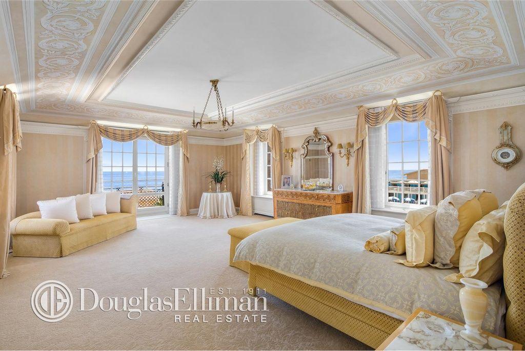 1129 Ocean Ave Long Branch Nj 07740 Zillow Living Room