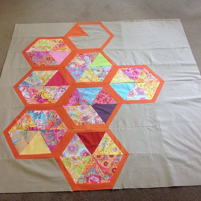 I know I am supposed to be quilting but I have fallen in love with piecing and triangles! Just finished this one! #triangles #hexagons #kaffefassett #myquilt