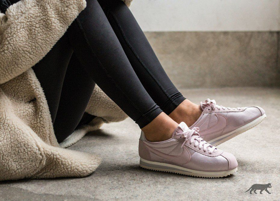 first rate 9e7f3 e879b Nike    Nike Wmns Classic Cortez Nylon (Particle Rose   Particle Rose - Vast
