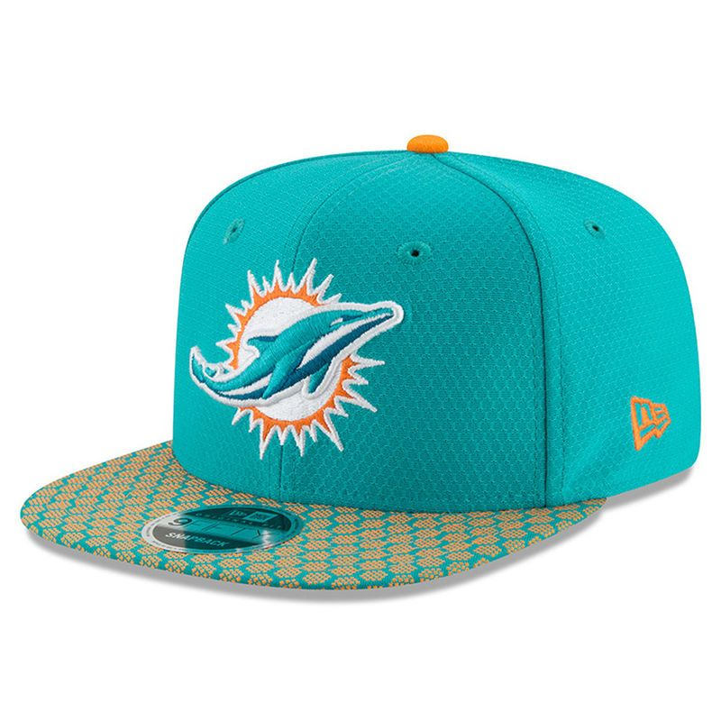 6af86b61f01c3 Miami Dolphins New Era Youth 2017 Sideline Official 9FIFTY Snapback Hat -  Aqua
