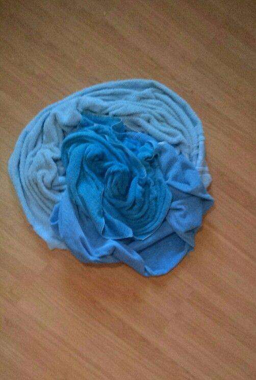 Tom, diversos tons de toalhas para lavar.
