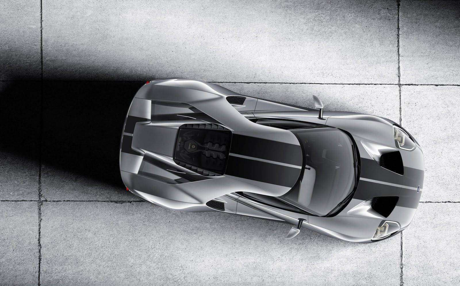 Fords  Gt Supercar Is Making Its Second Appearance On Us Soil At This Weeks Chicago Auto Show With A New Color Twist