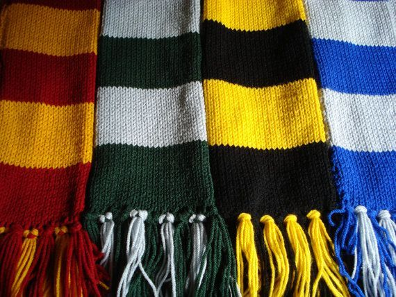 49e66fc227ff3 harry potter house scarf colors - use infinity scarf pattern for